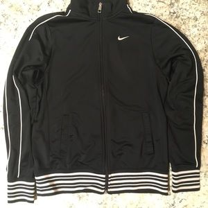 Nike Jackets & Coats - Nike work out jacket size XL boys